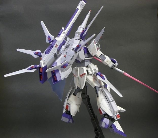 12 Legend Gundam 1;100