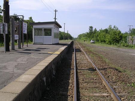 鹿部駅ホーム1