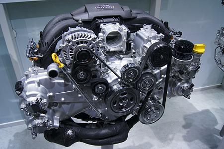 スバル BRZ エンジン