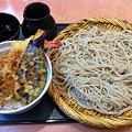 写真: 南郷信州庵 味定天丼(そば大盛り)