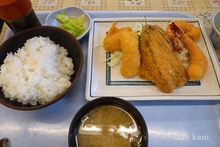 ミックスフライ+定食