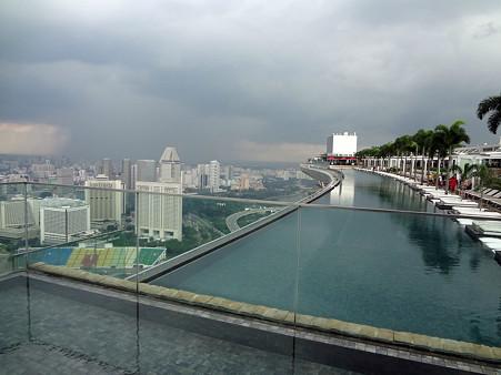 2011.12.17 居間 シンガポールからの素敵な便り 空中楽園