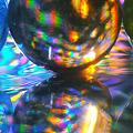 写真: ホログラム上のビー玉