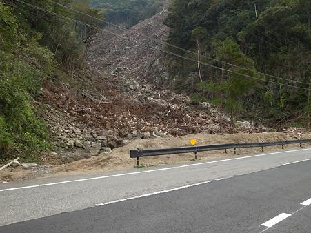 国道168号線・台風12号その後-36