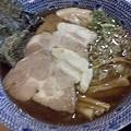 写真: チャーシュー麺なう。