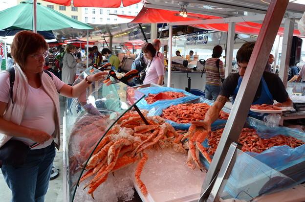 25.魚市場