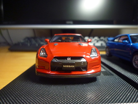 NISSAN GT-R Blakc edition front